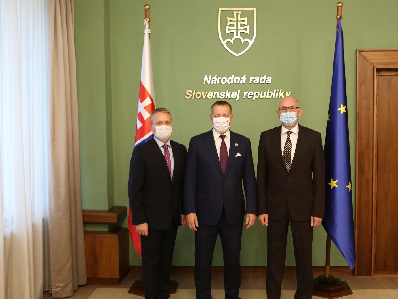 Uvedenie do funkcie podpredsedu NKÚ predsedom NRSR B. Kollárom, 2020