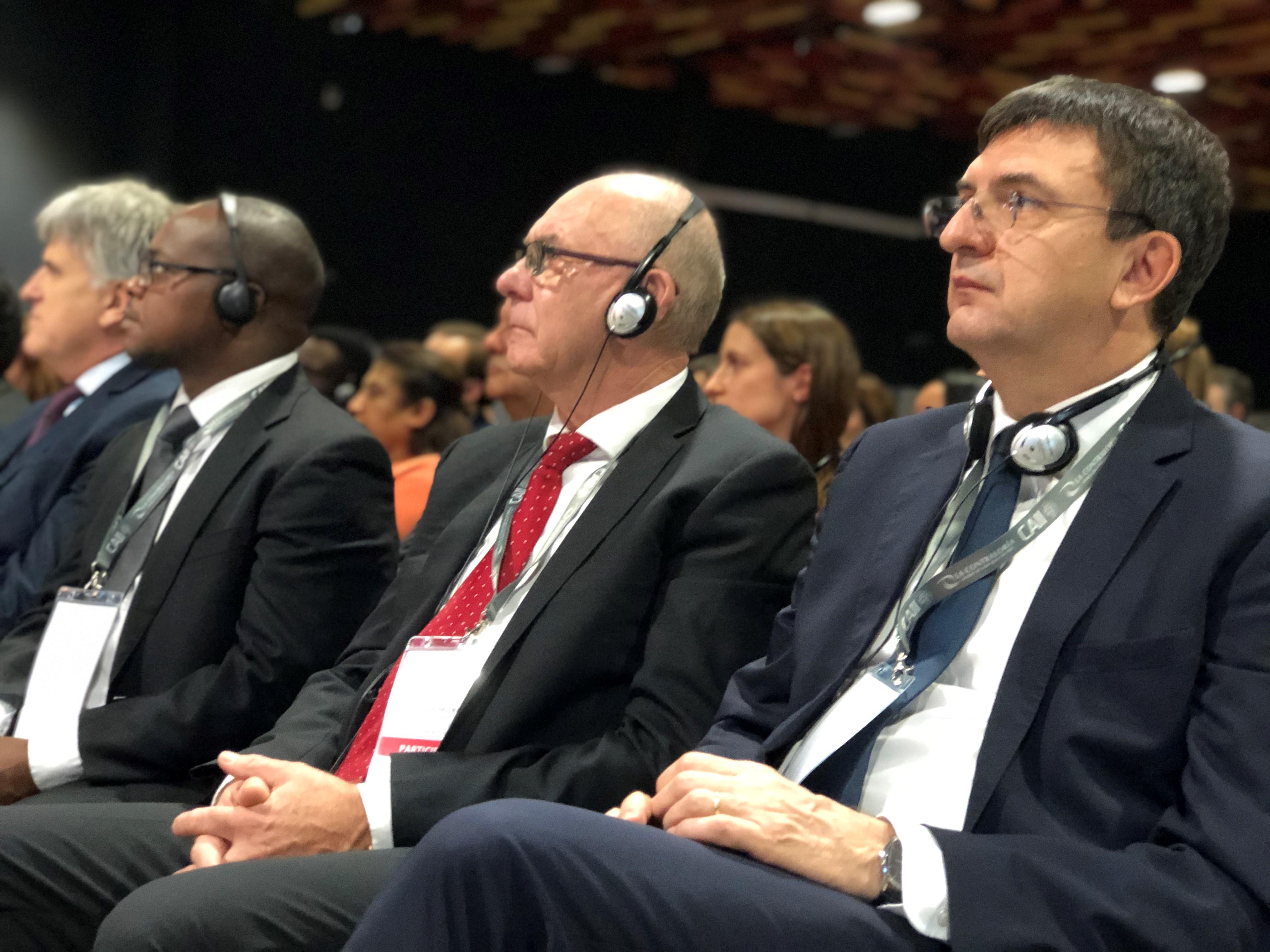 Predseda NKÚ K. Mitrík, šéf NKI Maďarska, L. Domokos